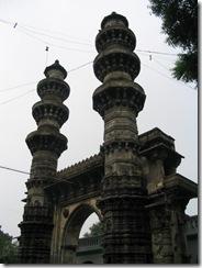 04. Shaking minarets of Ahmadabad